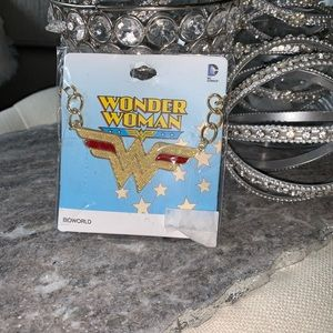 💥 Wonder Woman necklace 💥
